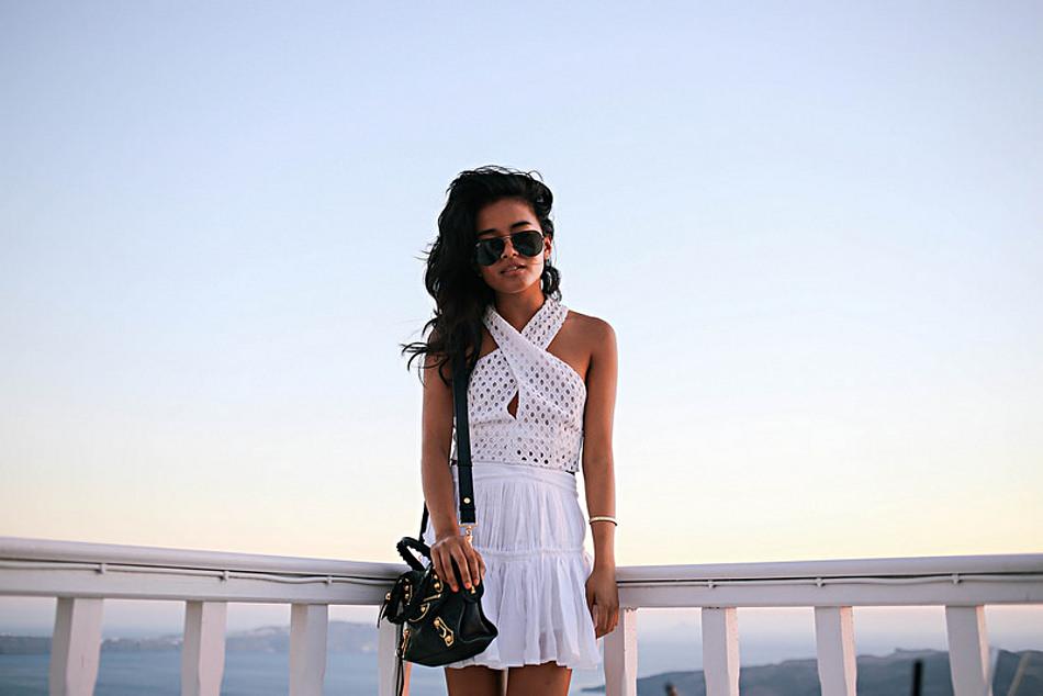 Lust for life - White dress in Santorini, scaled